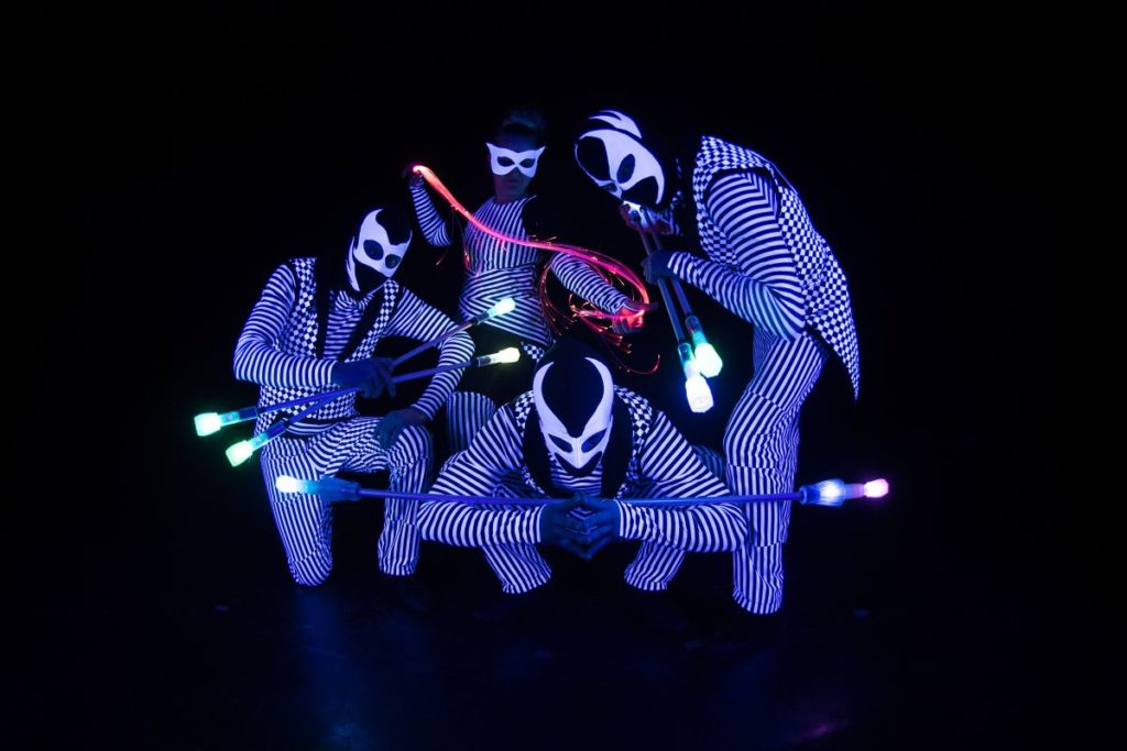 LED zsonglőr show galéria